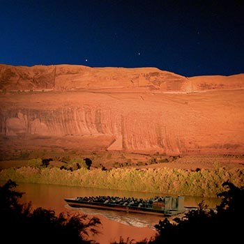 Colorado River Jetboat - Dinner & Night Show